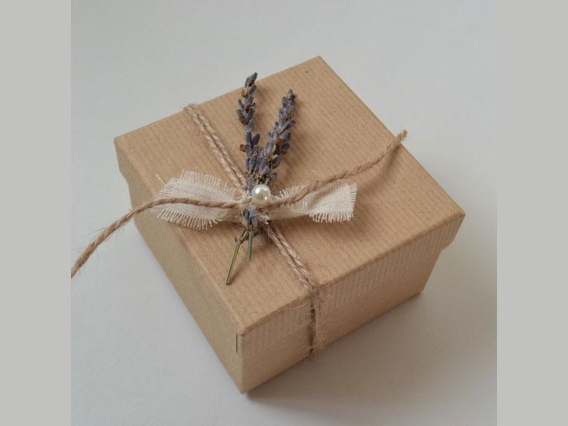 μπομπονιερες χαρτινο κουτι